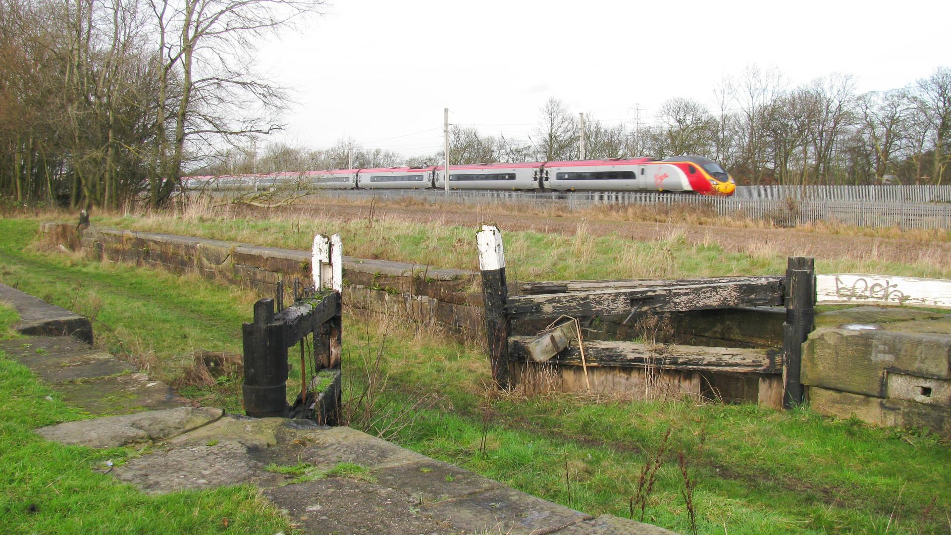 Winwick Lock, awaiting restoration