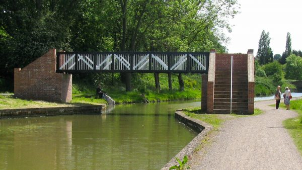 Chesterfield Canal - Constitution Hill Bridge 11