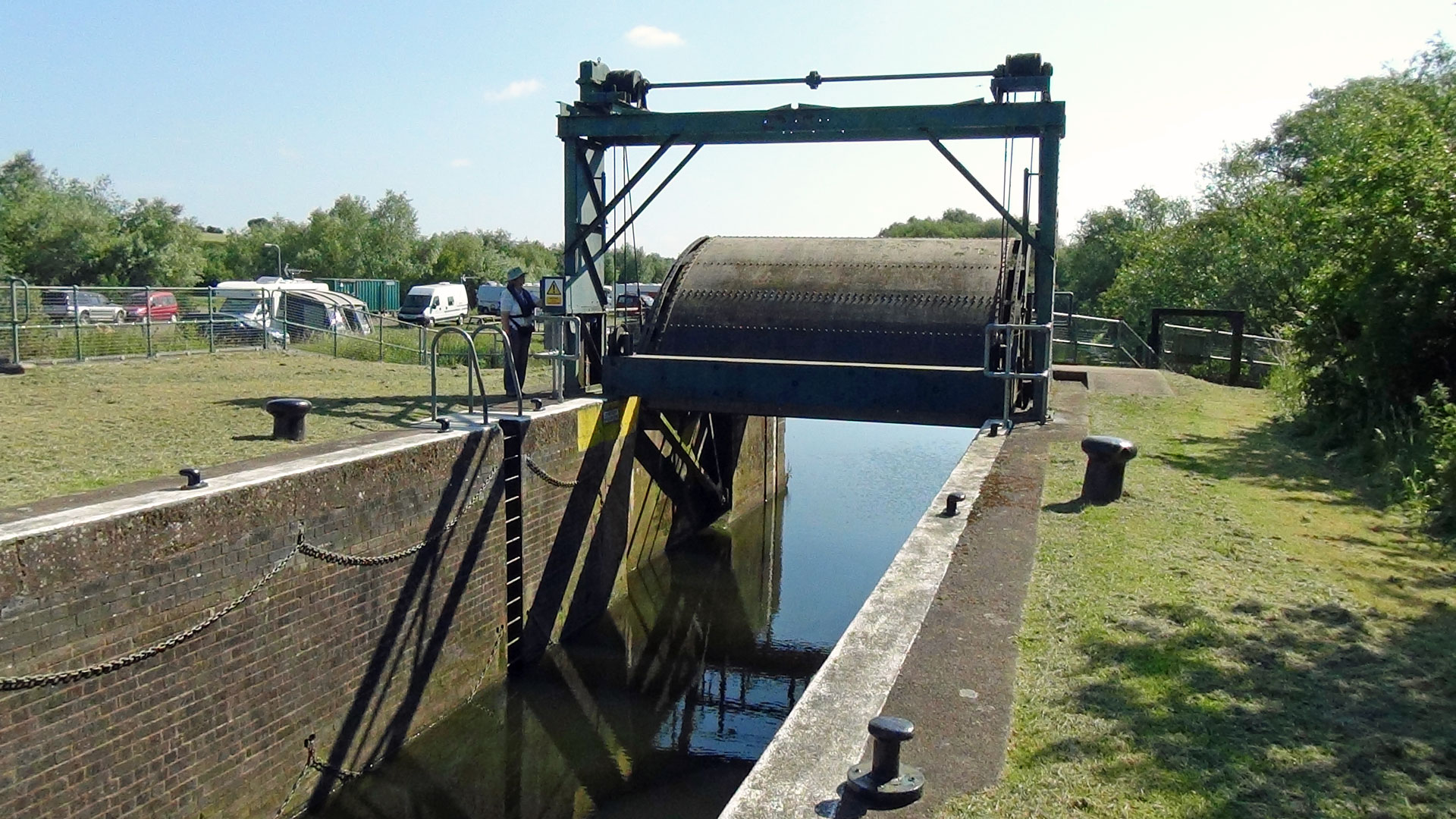 Ditchford Lock's Radial Gate on the River Nene